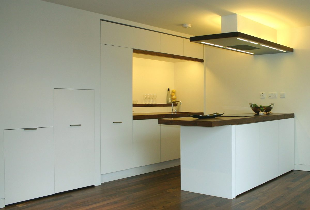 11 Kitchen area